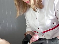 Accidental Cumshot while getting penis shaved by beautician